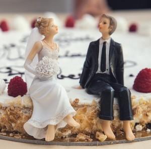 夫婦wedding-cake-407170_640