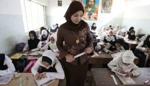 学校337783-halvdelen-af-iraks-brn-gr-ikke-i-skole--