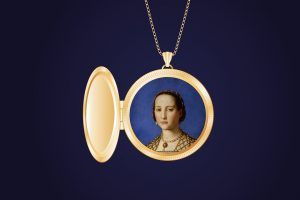 medallion  portrait-of-woman-251270_960_720